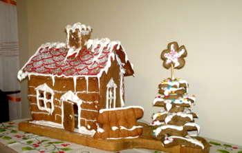 #Christmas Gingerbread House - Design | Zuzanna Sankowska | Touchtalent