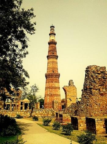 Qutub Minar At New Delhi@1 - Photography | A.r Samim Shaikh | Touchtalent
