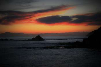 Sunset Over Cook Strait - Photography | Danny Bond | Touchtalent