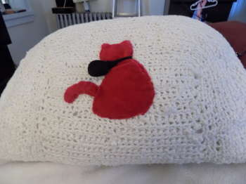 Upcycled Sweater Pillow - Crafts   Maya Rodriguez   Touchtalent
